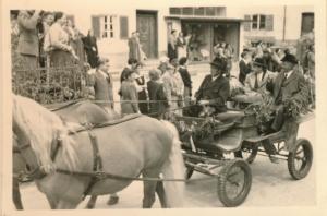 1954 Einzug des Landrats Dr.Streibl und Bürgermeister Johann Eichmeier