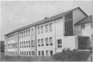 GM851-04 neues Schulhaus 1957 (Large)