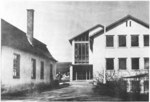 GM851-06 neue Schule alte Turnh (Large)