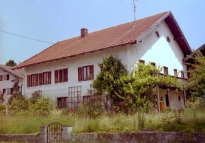GO034-25 Sattlerhof v hi 2001 (Large)