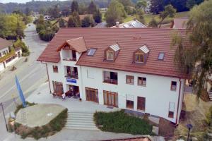GO035-22 Sattlerhof v oben 2003 (Large)