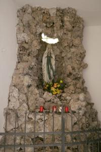 uFr23-21 Fr Kirche Mariengrotte 2017 (Large)