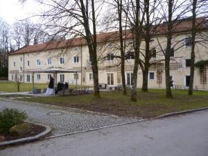 uZi40-04 Werkst u Wohn (Large)