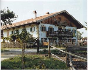 uZi76-08 Sonnenh Bauernhof ~1997 (Large)