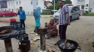 Flüchtlinge kochen auf-07-2016-19