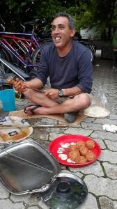 Flüchtlinge kochen auf-07-2016-3