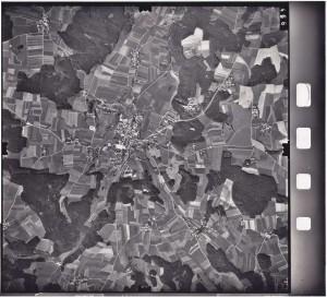 k-Fo000-08 Luftbild 1976 v ob