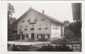 k-GO032-12 Sattlerhof v vorn