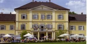 k-uZi04-77 Zinn Schlossportal