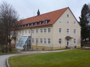 k-uZi36-16 Zinn Schule u Wohnen