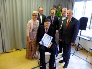1 Ehrenbürger Martin Esterl